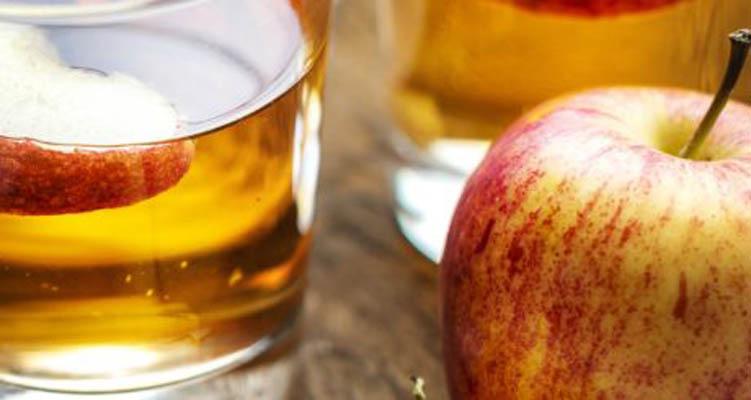 خل التفاح يلمع شعرك